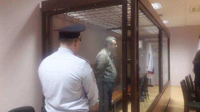 Экс-участкового признали виновным в мошенничестве и убийстве четырех человек. Фото: topspb.tv