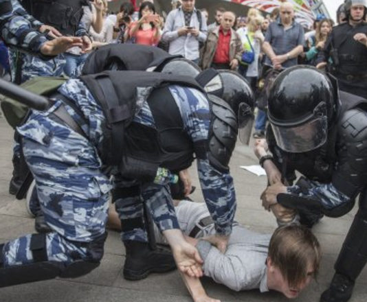 Росгвардия, ОМОН, разгон митингов